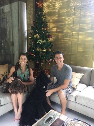 Traveling-House-Sitters-Bali-Christmas-Tree-Dogs